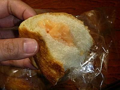 川上開栄堂商店のメロンパン メロンクリーム入り
