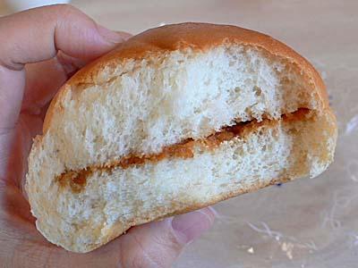草津温泉 不二屋ベーカリー みそパン 断面