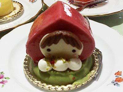 ユーハイム あかいずきんの女の子ケーキ